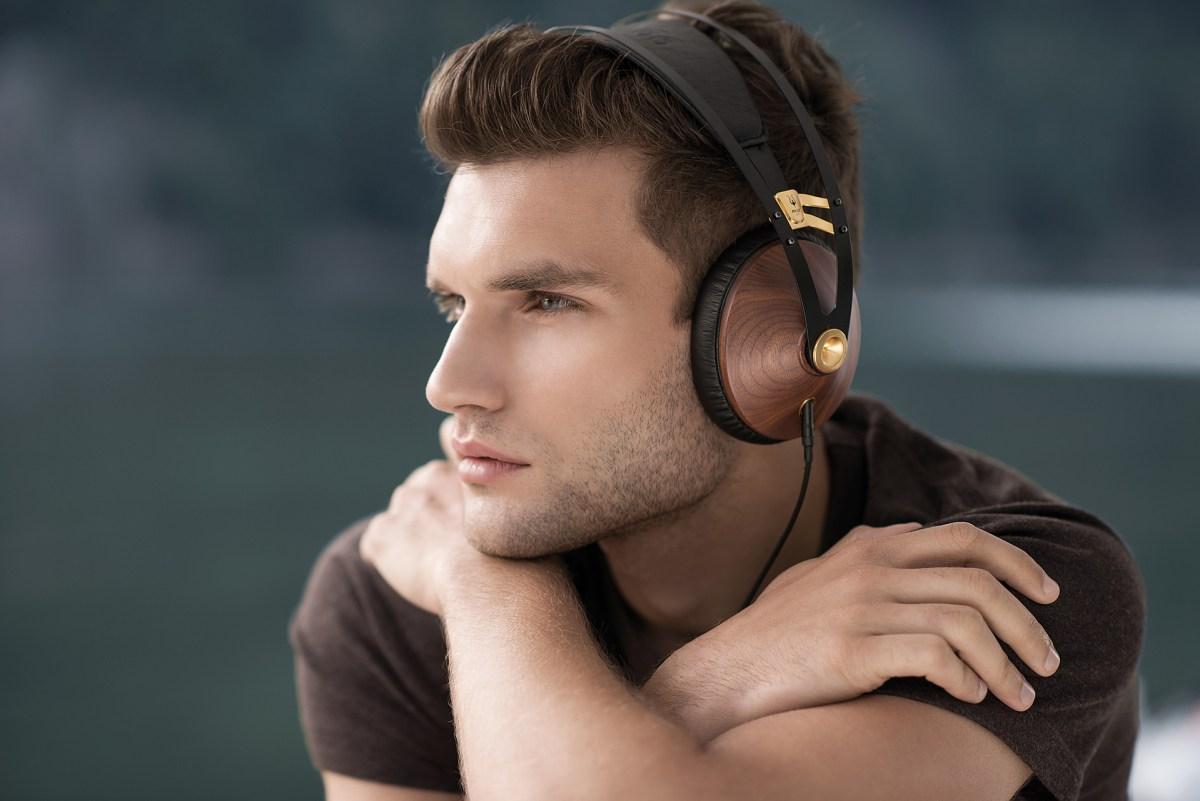 99 Classics Headphones - 02