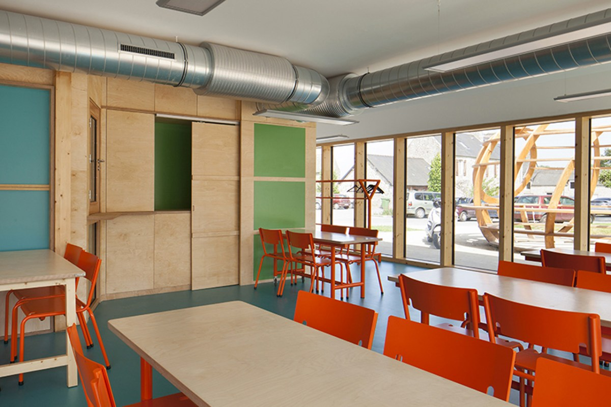 Le Ble en Herbe Scool in France by Designer Matali Crasset - 06