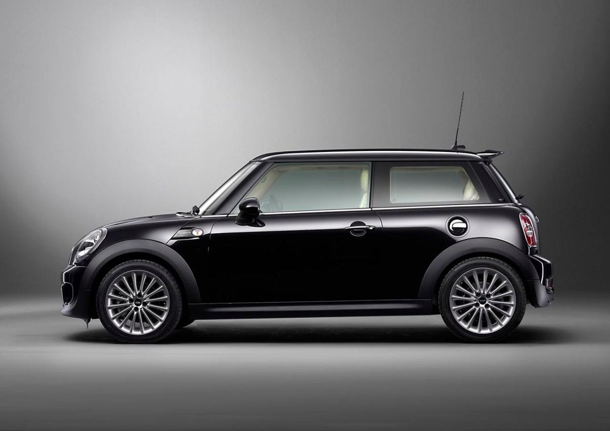 Mini inspired by Goodwood - 07