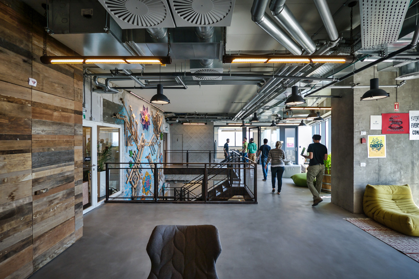Studio Beam Lights Up The New Facebook Offices In Tel Aviv