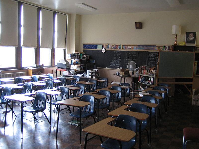 Klasa lekcyjna. Źródło: http://commons.wikimedia.org Autor: Motown31