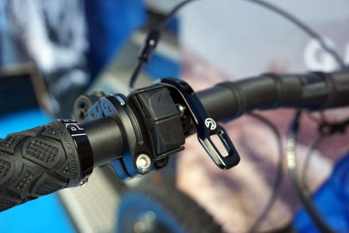 Shimano STePS e7000 e-bike motor and battery system with wireless smartphone control