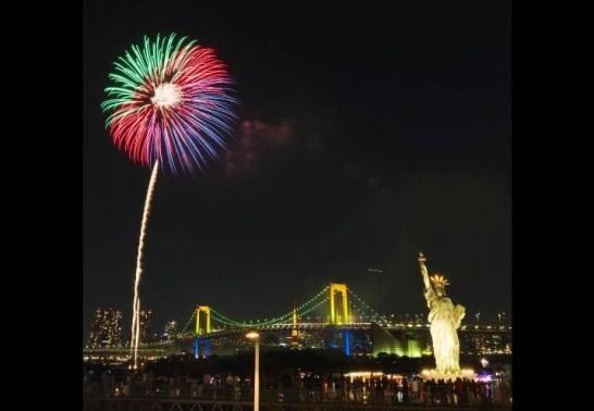 お台場レインボー花火2015 (過去に開催された時の画像)