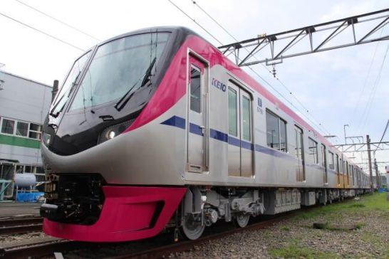 新型車両5000系 - 京王電鉄