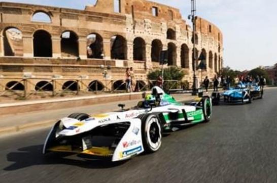 「FIA フォーミュラ E 選手権 17/18」- J-SPORT が全14戦を生中継中心に放送!