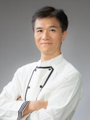 カレー総合研究所 所長 /    カレー大學 学長 井上岳久(いのうえたかひさ)