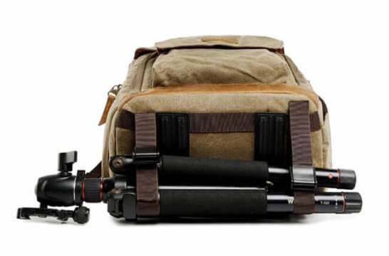 撥水加工、丈夫なキャンバス地、Macbookも収納できるカメラ用バックパックM174