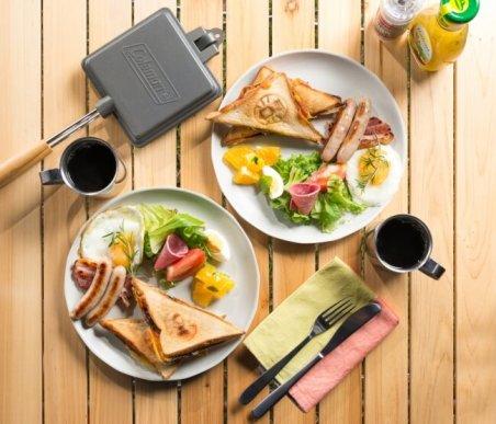 アウトドア朝食イメージ