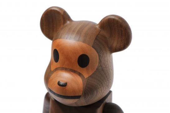カリモク × BABY MILO®の木製BE@RBRICK