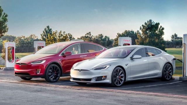 Tesla объявила о бесконтактных продажах