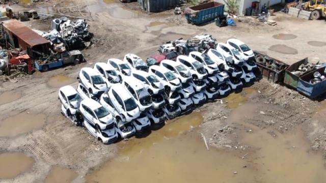 В США выбросили 40 электромобилей