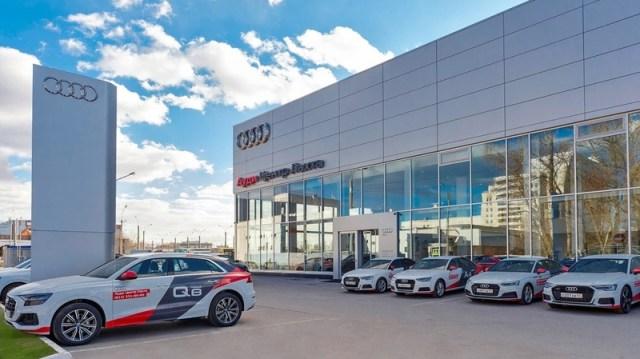 Онлайн-продажи с доставкой Audi E-Tron доступны в Санкт-Петербурге