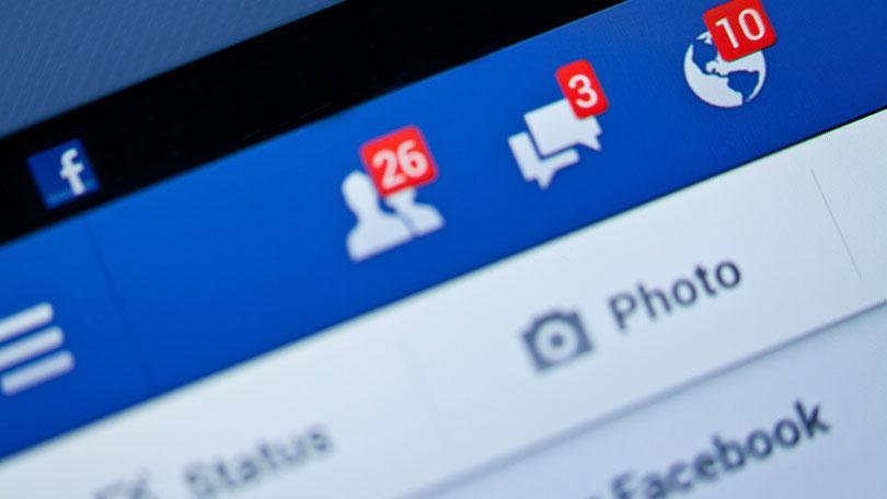 KE: jeśli Facebook nie zmieni reguł do końca roku, grożą mu sankcje