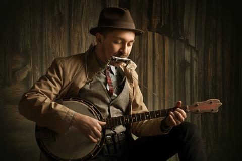 """Sasha Boole – """"ukraiński Bob Dylan"""" zagra w Katowicach"""
