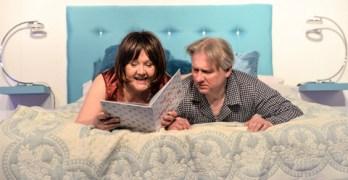 """""""Seks dla opornych"""" i inne spektakle – Teatr Żelazny – kwiecień repertuar"""