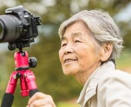 テレビやTwitterで騒然! ネットで火がついた88歳おばあちゃんの自撮り写真集