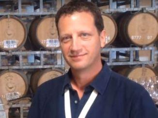 ויקטור שונפלד, היינן הראשי של יקב רמת הגולן. צילום מסך
