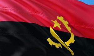 angola; bandeira