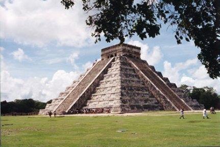 Los mayas desarrollaron una cultura muy avanzada en la cual no estuvo excenta la literatura