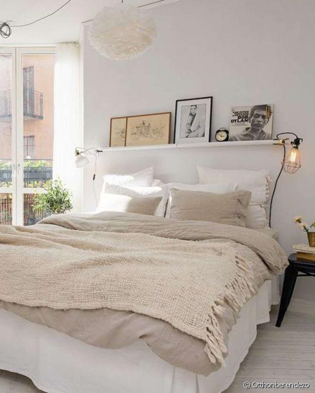 Etagere au dessus du lit