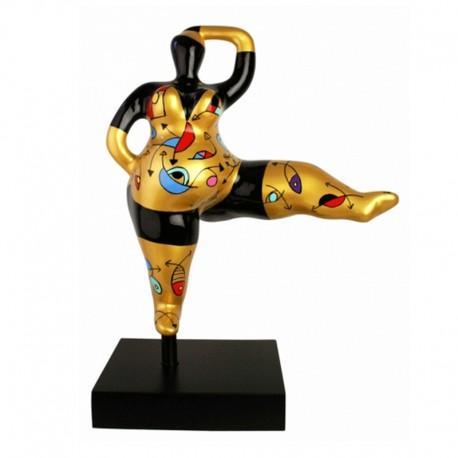 Sculpture femme ronde