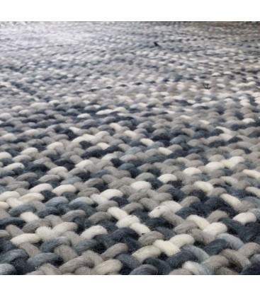 Tapis laine tressée