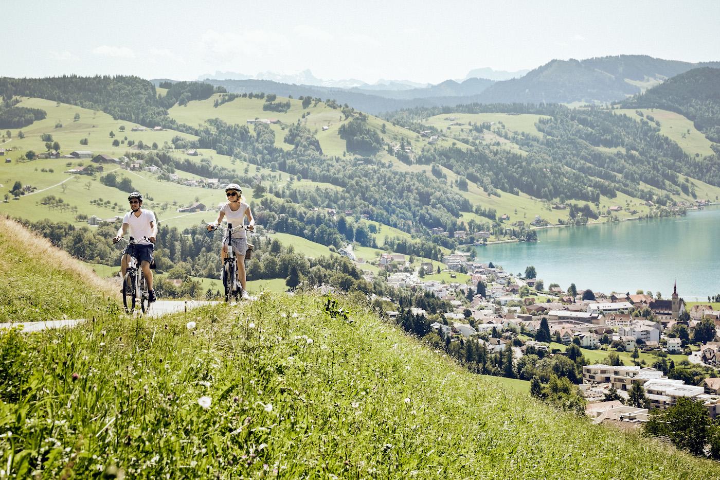E-Bikes sind inzwischen sogar berggängig. (Schweiz Tourismus)