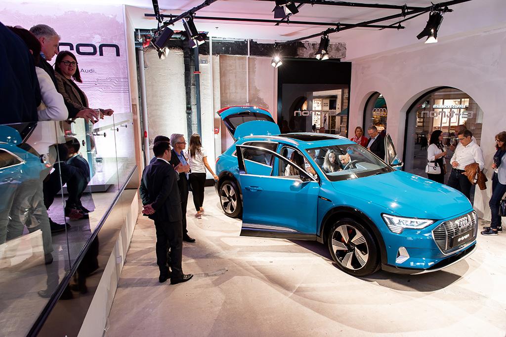 Sono appena 50 gli esemplari di Audi «Edition One» destinati alla Svizzera (tutti in questa tonalità di azzurro). (Tom Lüthi)