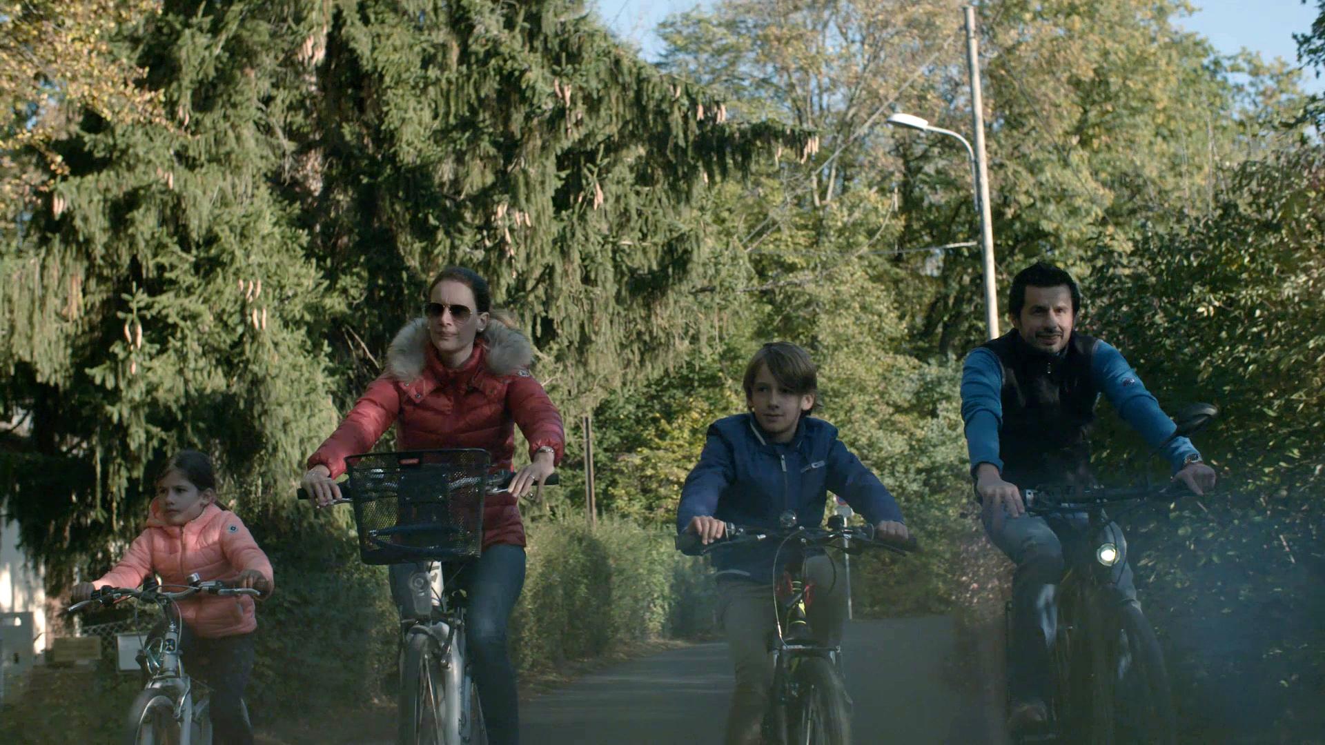 Il passatempo preferito della famiglia Petitpierre sono le gite in bicicletta.