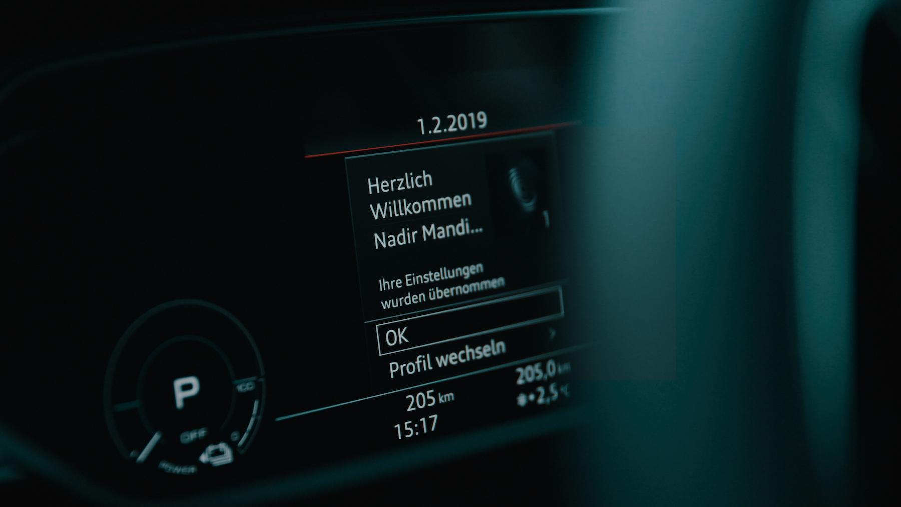 L'e-tron est capable de reconnaître le conducteur – et d'enregistrer jusqu'à 400 paramètres dans son profil.