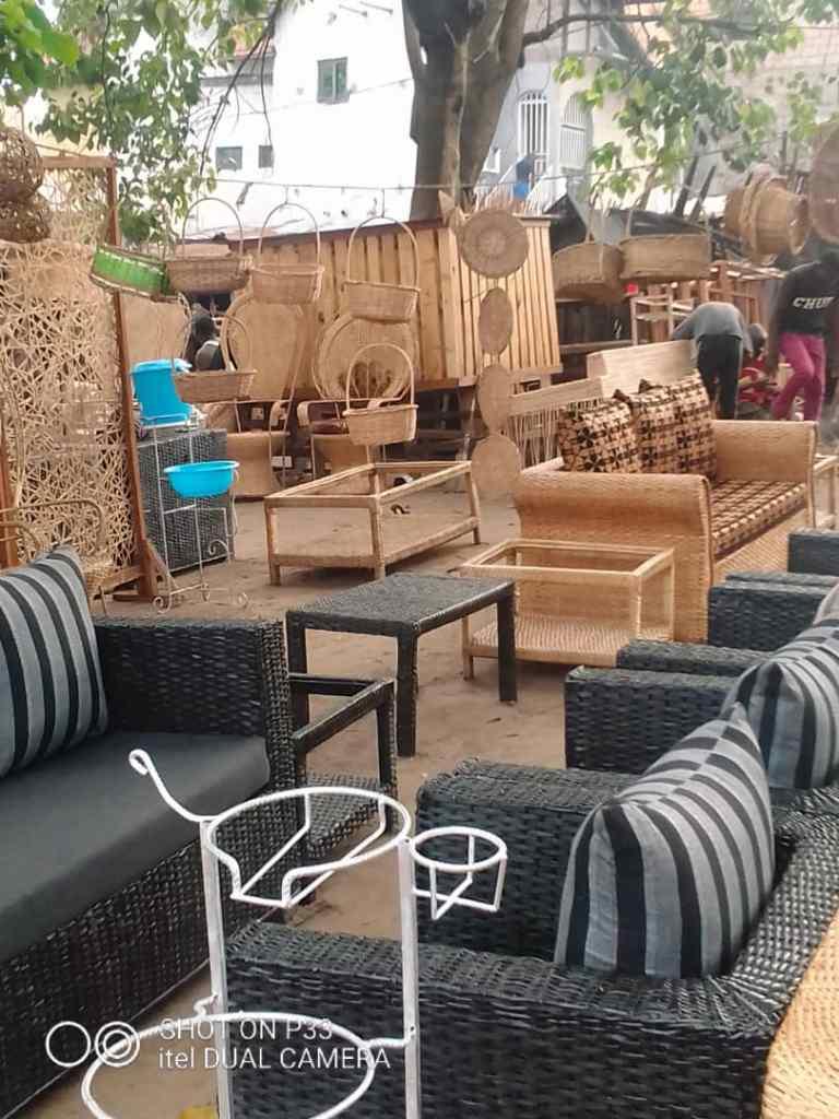 Marché de meubles de Météo 4
