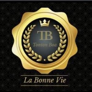 """Lesly Eale : """"Je suis de retour au pays pour lancer ma compagnie Tonton Boa TB"""" 4"""