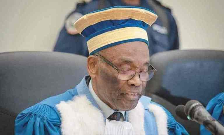 La démission de Benoît Lwamba sur la table de Félix Tshisekedi 1