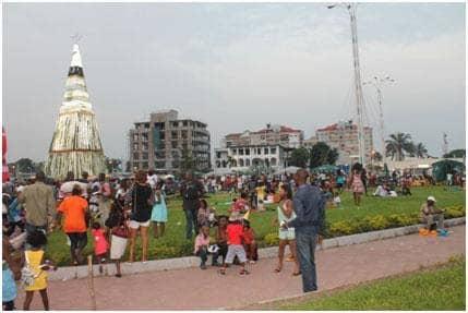 Place des évolués : premier parc ouvert aux Noirs à Kalina 1
