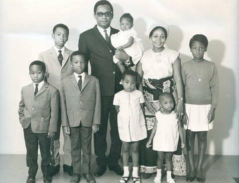 Devoir de mémoire : Mobutu Sese Seko Kuku Ngbendu Waza Banga 3