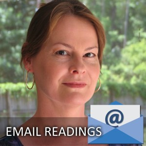 Exploring the Benefits to Having a Psychic Reading by Email