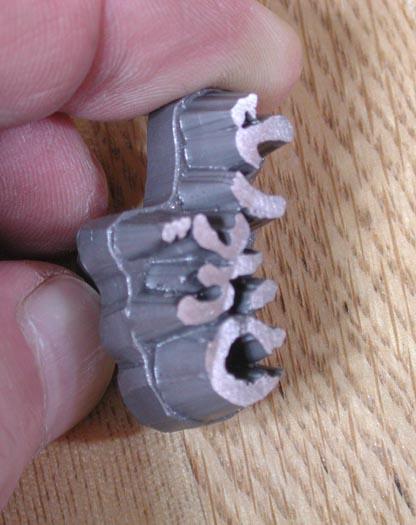 チタン焼印の斜め画像