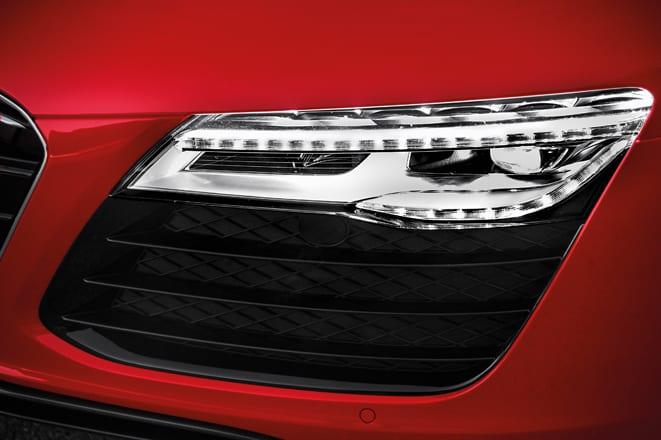 Audi yolunu matris farlarla aydınlatacak