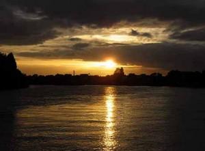 sun set travel