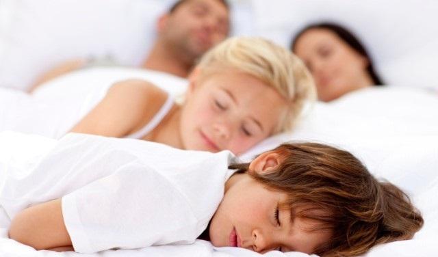 Ето по колко часа трябва да спите, според възрастта си (таблица)