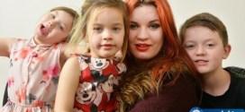 Многодетна майка стана еротичен модел заради децата си! (ГОРЕЩИ СНИМКИ И ВИДЕО 18+)