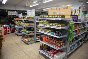 Българка показа колко храна е купила за 30 лева в Лондон и мрежата полудя (ВИДЕО)