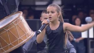 Малката певица Поли Иванова стана световен хит