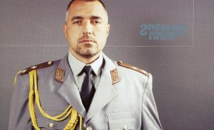 Малък Тошко пита Бойко: Ти кога ще си кажеш кой те направи генерал?