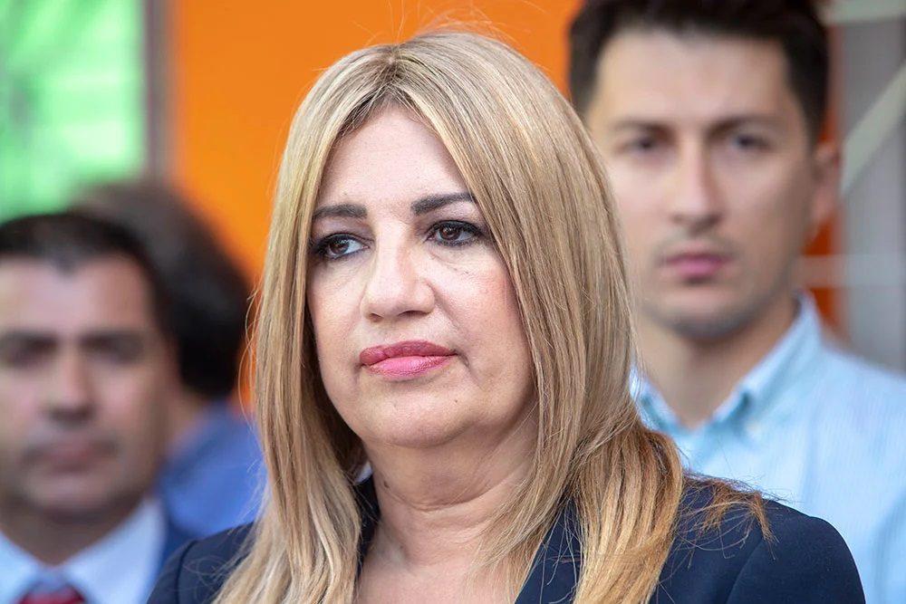 Φώφη Γεννηματά σε απόγνωση: Ανακοινώνει προσχωρήσεις στο κόμμα συγγενείς(!!) στελεχών;