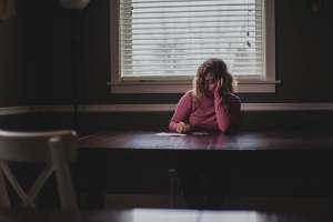 10% dintre romani sunt diagnosticati cu depresie