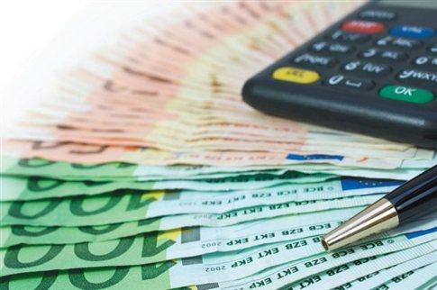 Ρύθμιση οφειλών σε απεριόριστες δόσεις για όσους χρωστούν έως 5.000 ευρώ