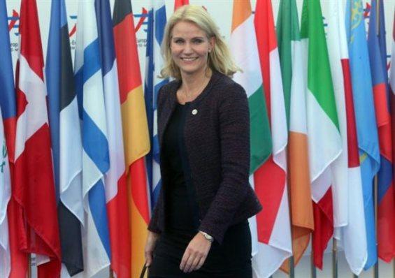 Η πρωθυπουργός Χέλε Θόρνινγκ-Σμιτ