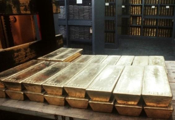 χρυσός πλάκες