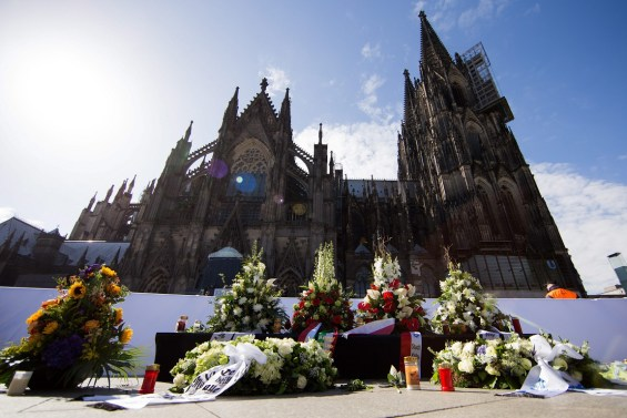 Germany holds memorial service in Cologne Cathedral for dead in Germanwings crash